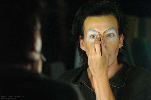 2004-Vienna-Makeup©Louis Daniel Joly.jpg